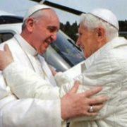 Papes François et Benoît XVI