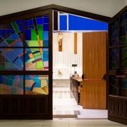 Église, porte ouverte par Mateus Campos Felipe